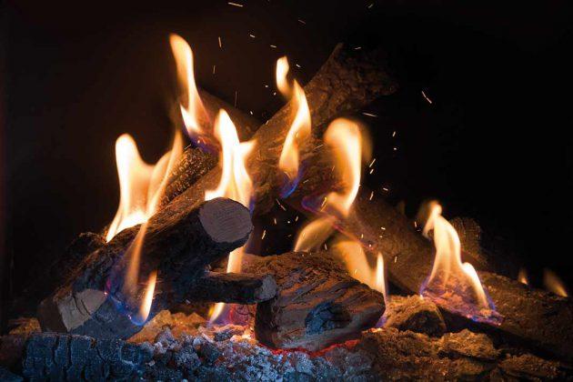 """Ab Oktober bietet der Hersteller Kalfire für seine Gaskamine einen """"Natural Spark Generator"""" an."""