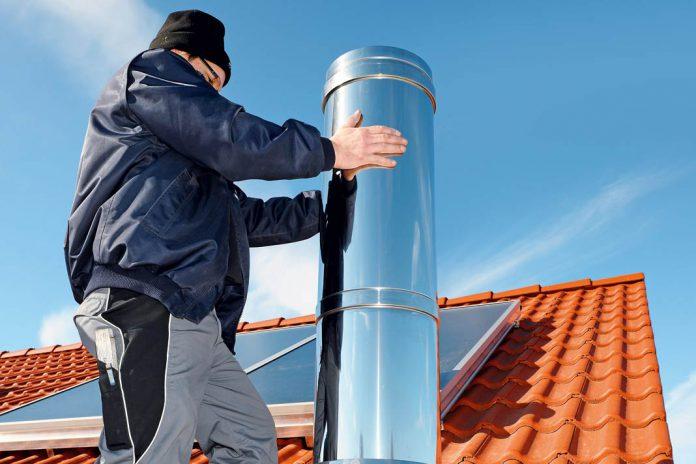 Modernisiert man seine Heizung, muss in der Regel auch der Schornstein angepasst werden.