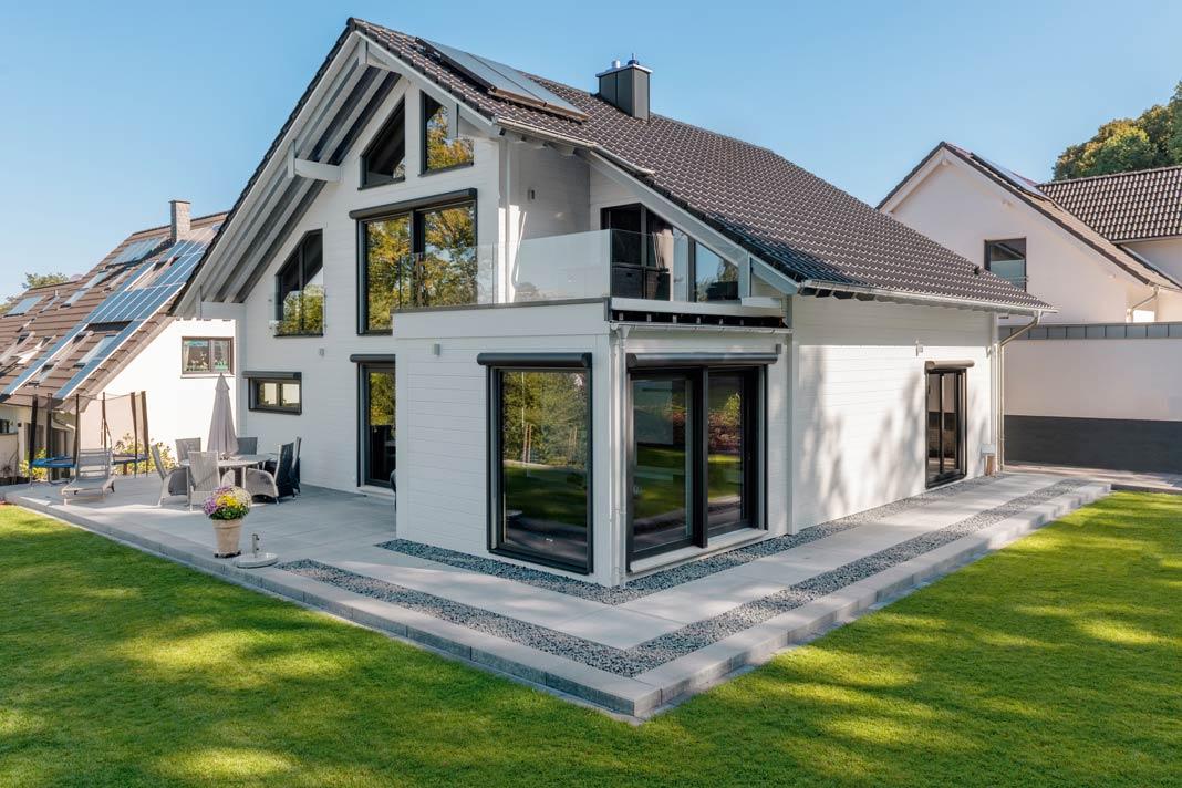Ein ganz besonderes Haus wollte die erfolgreiche Immobilienmaklerin für sich und ihre Familie bauen.