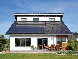 Photovoltaikanlage auf dem Dach.