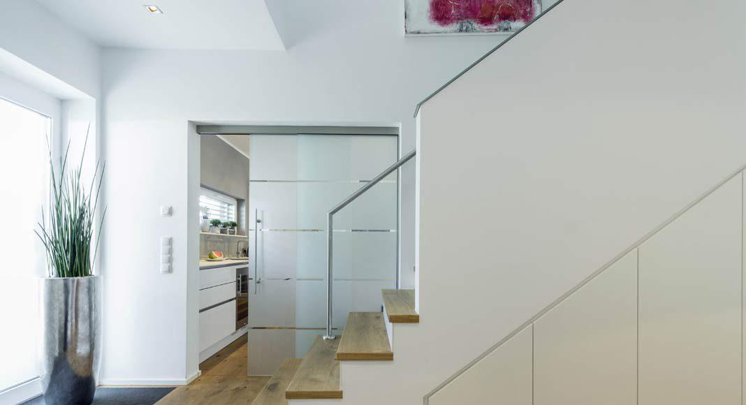 Die Einläufige Treppe führt nach oben.