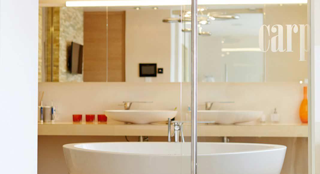 Carpe diem – gemäß diesem Motto gelingt der perfekte Start in den Tag in einem solchen Badezimmer.