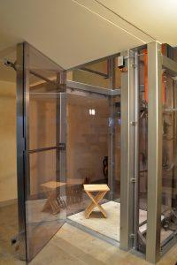 mit einem aufzug das einfamilienhaus barrierefrei machen. Black Bedroom Furniture Sets. Home Design Ideas