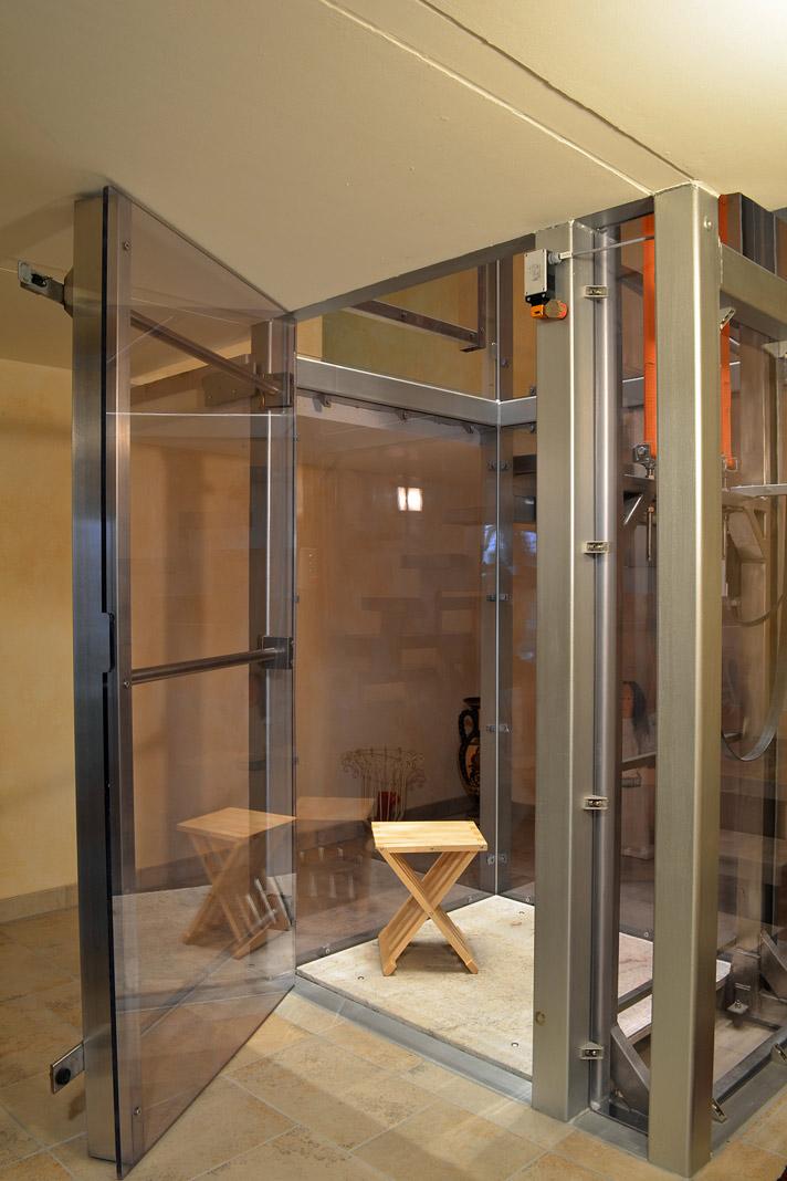 mit einem aufzug das einfamilienhaus barrierefrei machen livvi de. Black Bedroom Furniture Sets. Home Design Ideas
