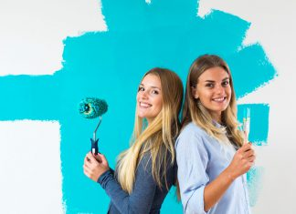 Suchen Sie sich Ihre Lieblingsfarbe aus den neuen kräftigen ökologischen Wandfarben. Foto: Auro