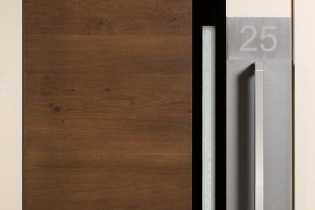 17-fach-Verriegelung und patentierte Tresorbänder sorgen für hohen Einbruch.