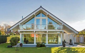 Ein guter Start für angehende Bauherren ist der Besuch in einem Musterhauspark. Foto: BDF/Meisterstück