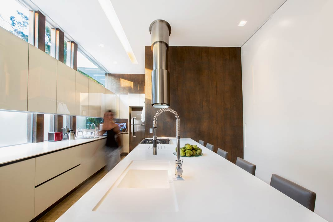 keramische arbeitsplatten revolutionieren die. Black Bedroom Furniture Sets. Home Design Ideas
