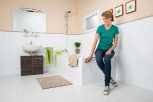 frischekur f rs bad mit dem molto fliesen reiniger livvi de. Black Bedroom Furniture Sets. Home Design Ideas