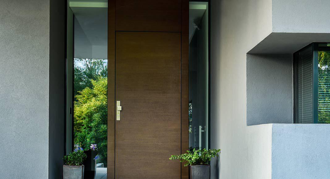 Hochwertige Aluminium Haustüren in Holzoptik.