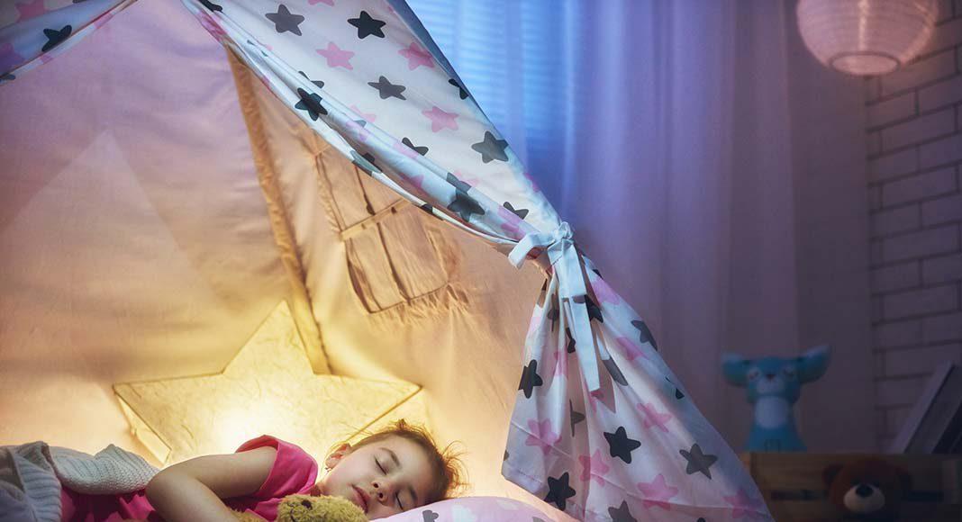 Richtiges Licht sorgt für ruhigen Schlaf.
