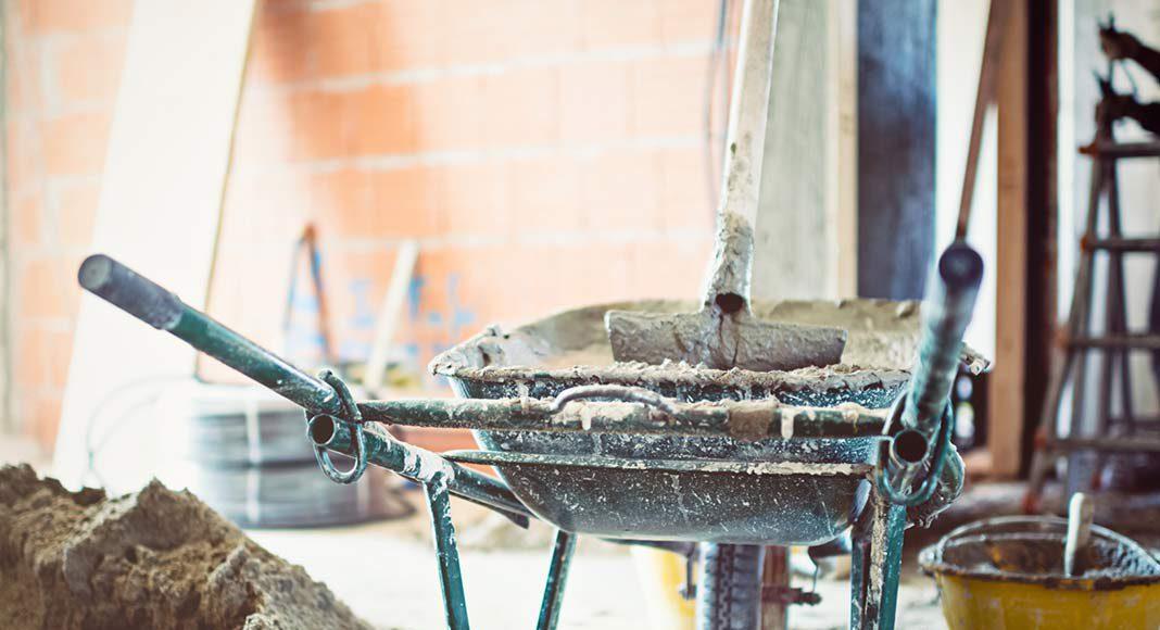 Steht einmal der Rohbau, rücken Kolonnen von Handwerkern für den Innenausbau an.