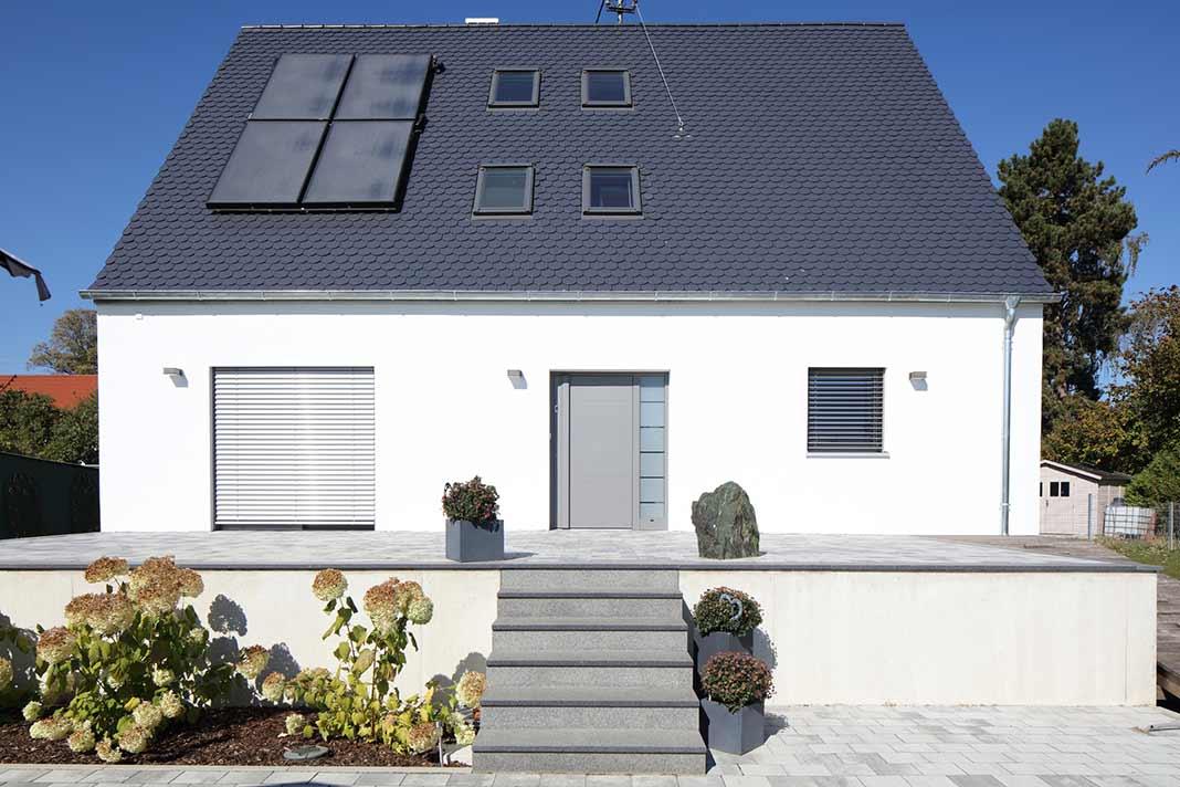 """Wie ein Blick auf den U-Wert des """"neuen"""" Hauses zeigt, verspricht die nächste Heizkostenabrechnung deutlich niedriger auszufallen."""