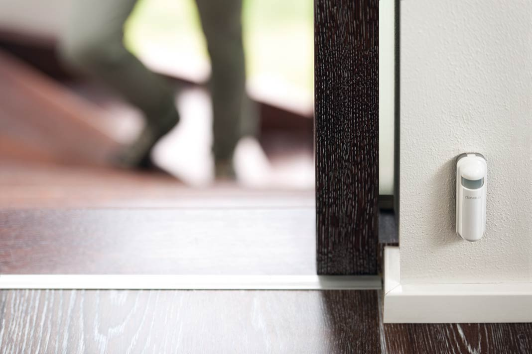 Smart Home-Bewegungsmelder mit Infrarot-Sensor.