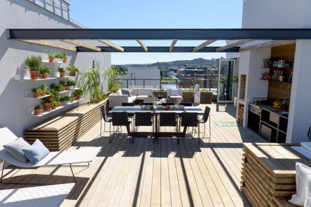 Dachterrasse mit Küche und Whirlpool