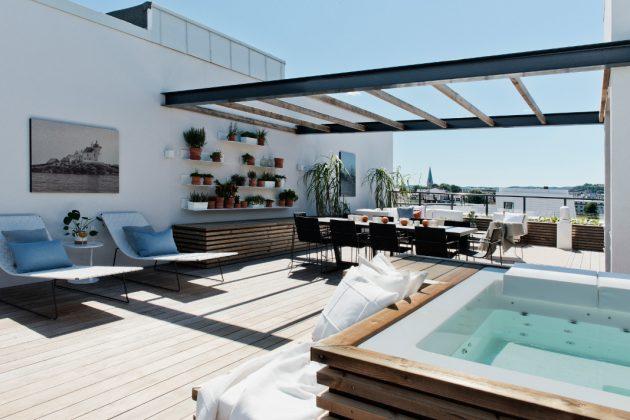 Dachterrasse mit Whirlpool zum Entspannen