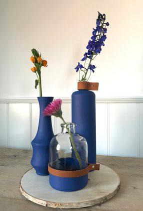 bemalte Blumenvasen
