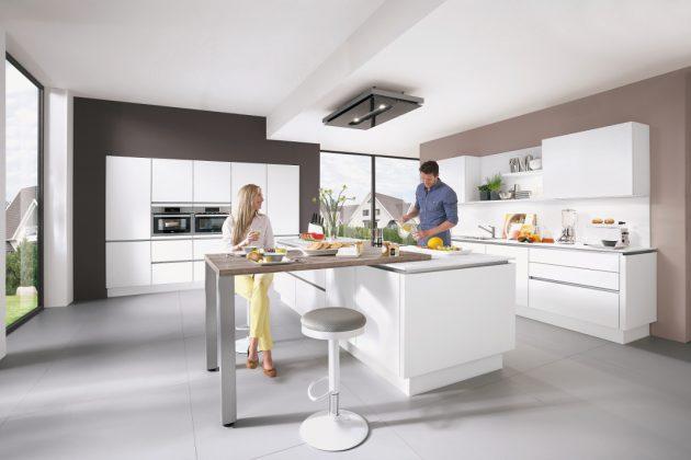 weiße moderne Wohnküche