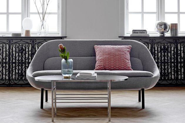 Retro Sofa und Beistelltisch