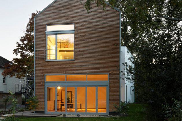 Große Fenster im Hausanbau