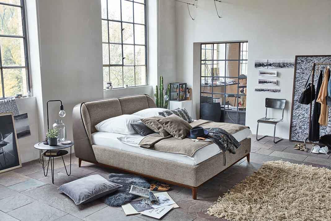 von schuhen zu betten livvi de. Black Bedroom Furniture Sets. Home Design Ideas