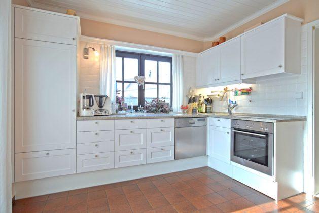 Küche renovieren durch den Austausch von Fronten und Griffen