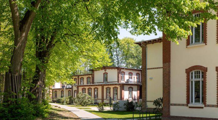 Außenaufnahme denkmalgeschützte Häuser