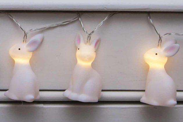 Lichterkette mit Osterhasen als Osterdeko