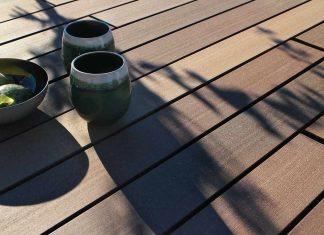 Terrassendielen aus WPC mit einer Farbstruktur wie Tropenhölzer