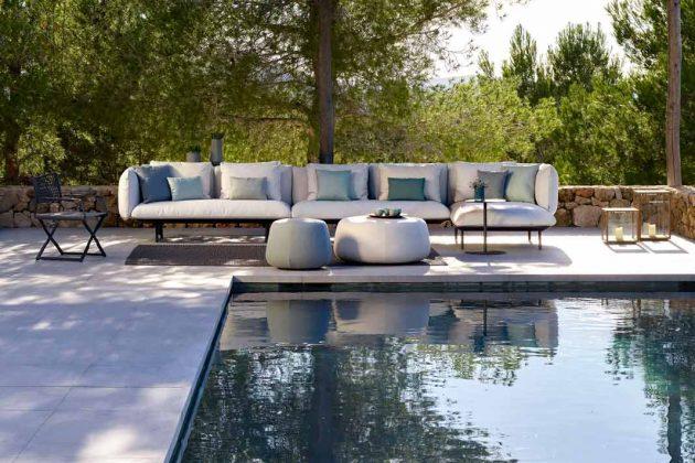 Gemütliches Sofa für den Garten mit individuellen Gestaltungsmöglichkeiten