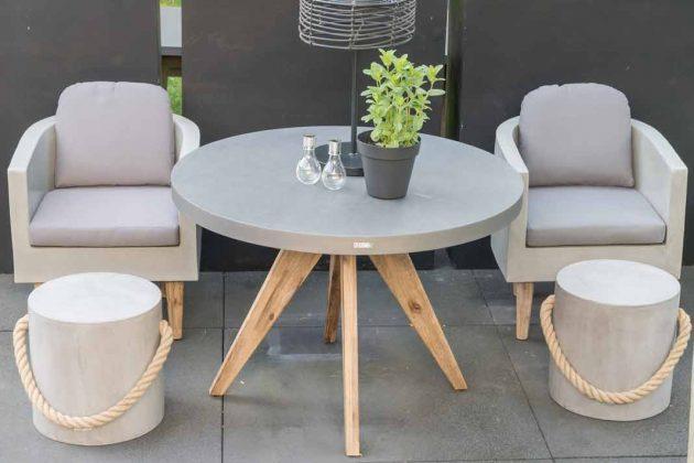 Gartenmöbel in Betonoptik als neues Designobjekt im Garten.