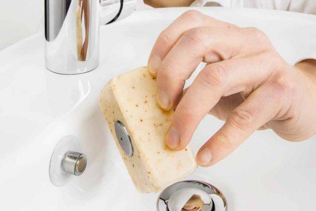 Einfache Montage und Abnahme der Seife.