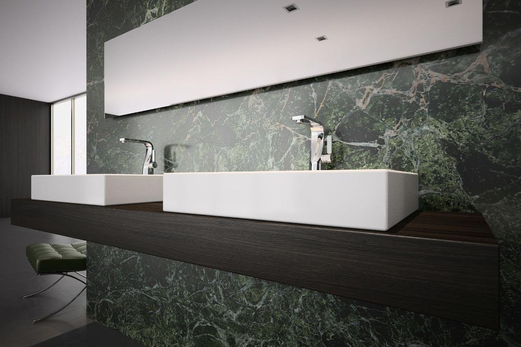 Zwei Waschtische im modernen Wellness-Bad.