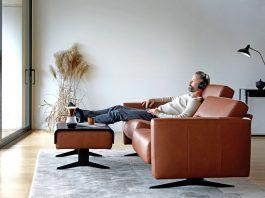 Gradlinige Formen im Wohnzimmer á la skandinavischer Gemütlichkeit.