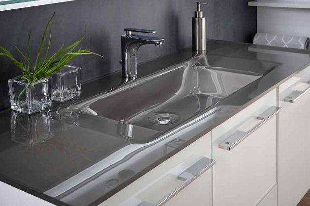 Waschtisch aus Glas in metallic-grau