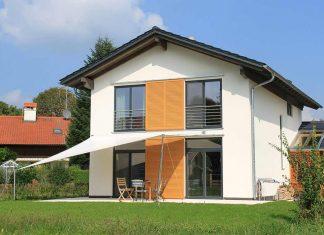 Haus aus schadstoffarmen Ziegeln