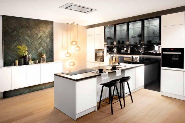 schwarz weiße Küche sorgt für spannende Kontraste