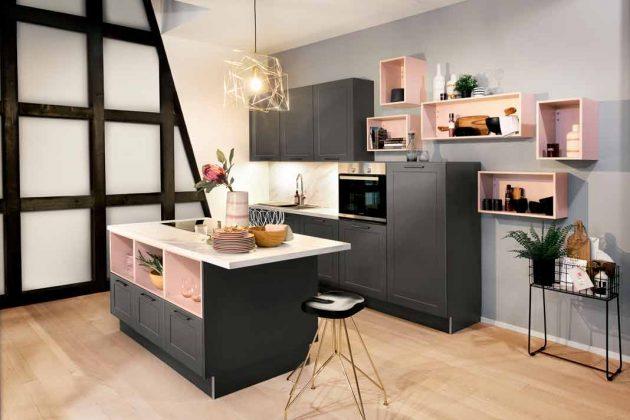 moderne Küche in Schwarz-Rosa