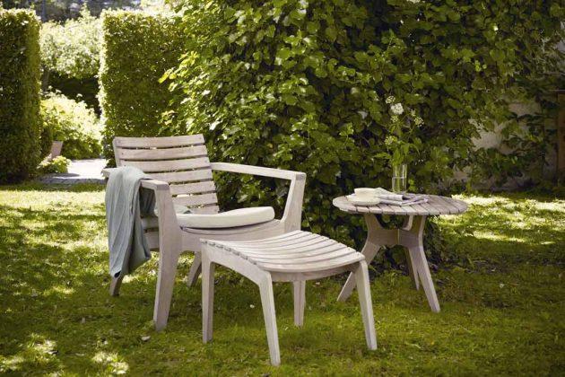Gartenmöbel aus Holz: Lounge Stuhl mit Beistelltisch