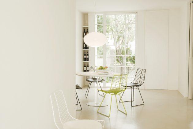 Stühle aus der Kollektion Leaf auf für drinnen.