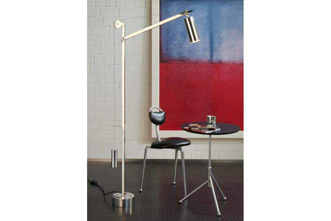 LED-Stehleuchte als Klassiker aus der Bauhauszeit.