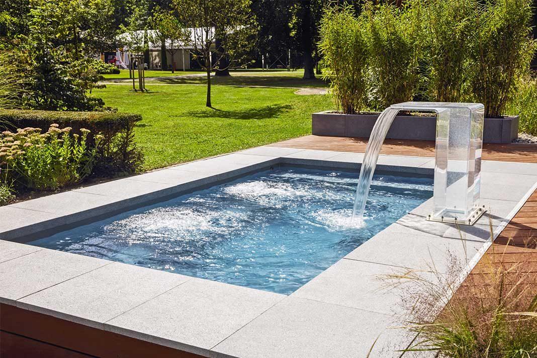 Kompakte Erfrischung: Mini Pool. » LIVVI.DE