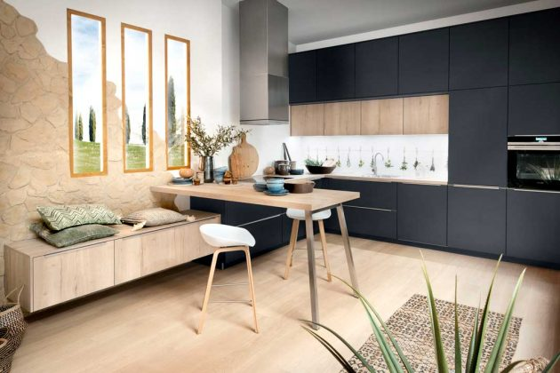 Küchen in dunklem Samtblau gehören zu den Küchentrends 2019