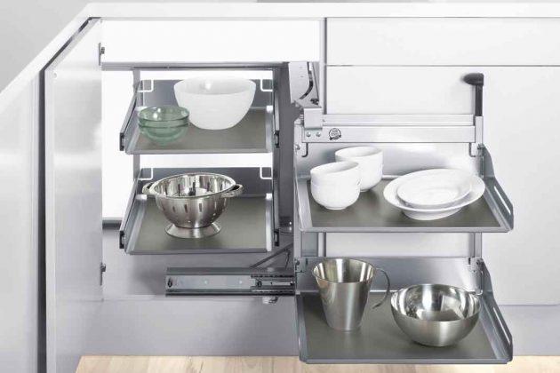praktischer Eckschrank für kleine Küchen