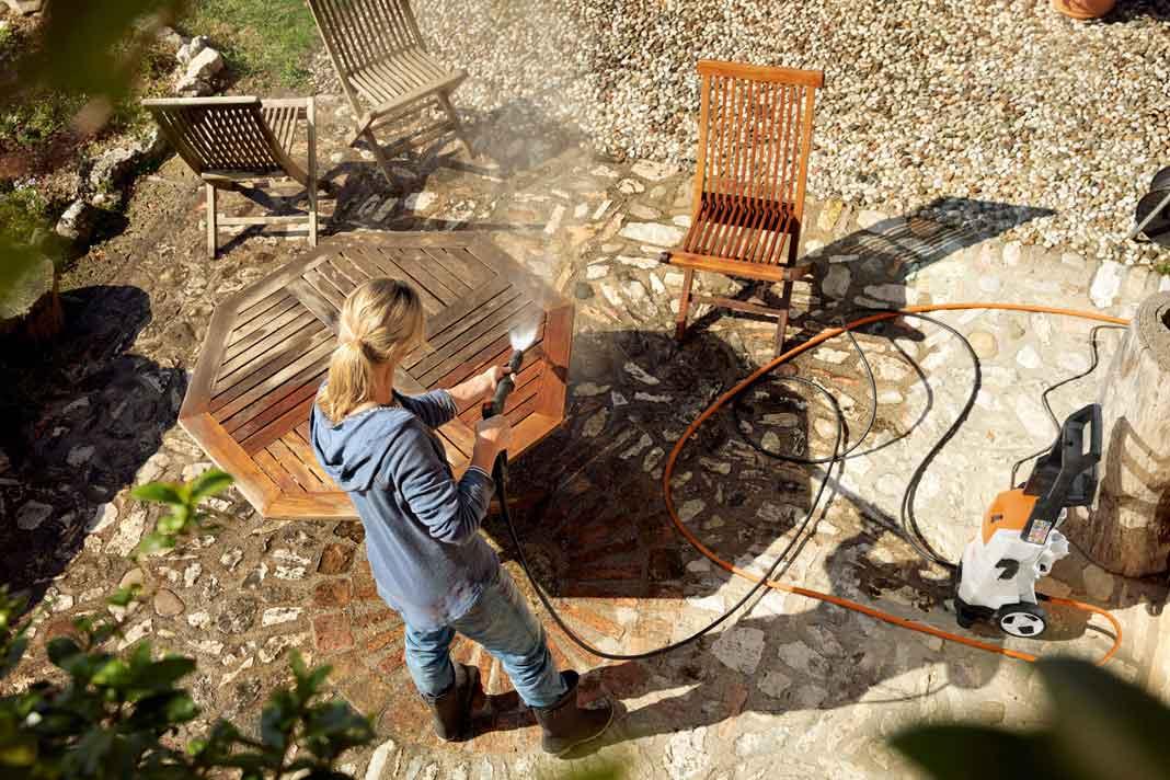 Hochdruckreiniger zur Gartenreinigung
