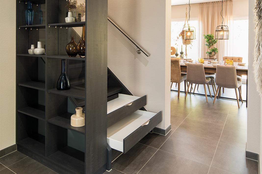 Treppenstufen als Schubladen