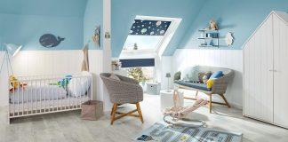 freundliches Kinderzimmer im Dachgeschoss