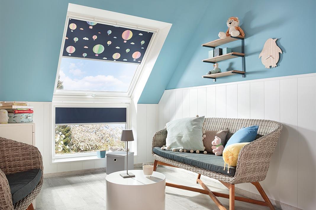 Kinderzimmer unterm Dach mit Dachfenster
