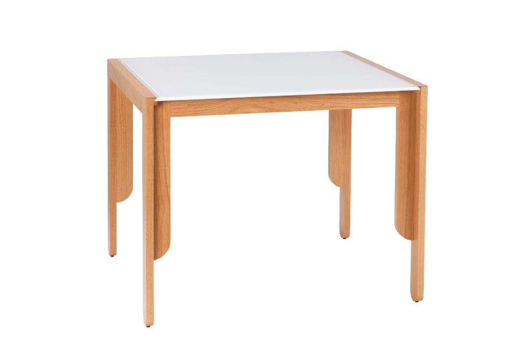 Tea Table - Beistelltisch im Bauhausstil - www.heimatwerke.de