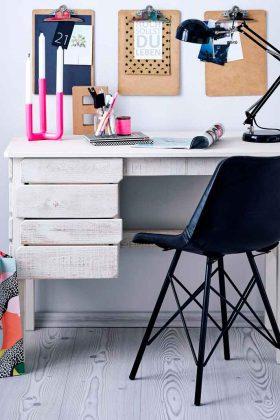 lackierter Schreibtisch Massivholz